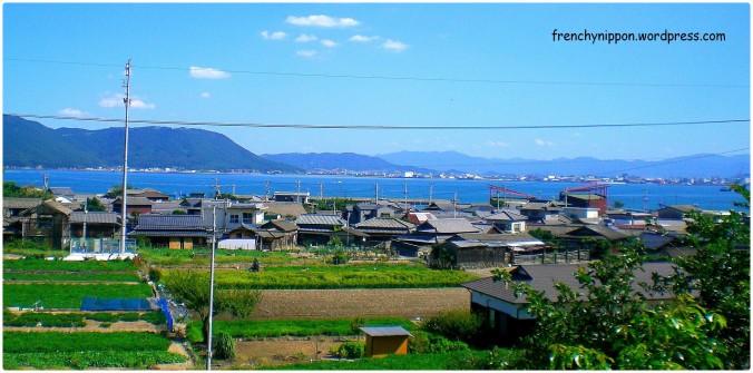 vue sur le village et la mer